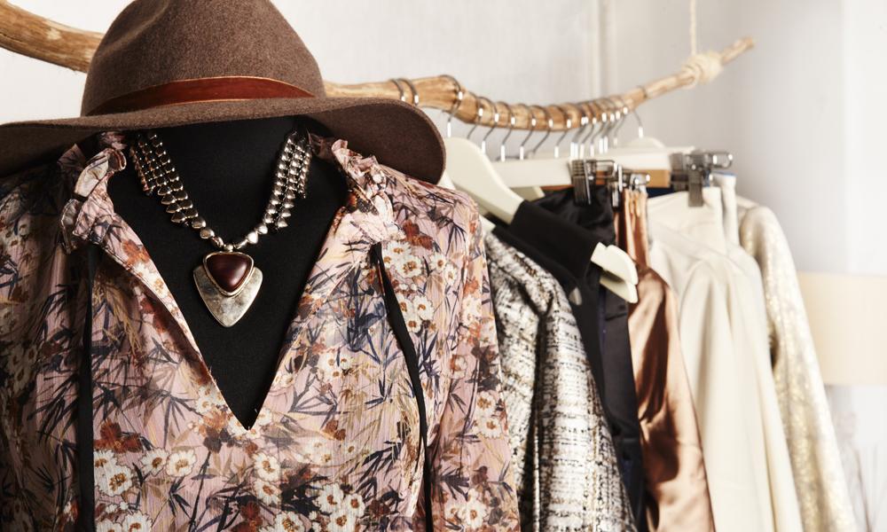 Showroom en Madrid: te abrimos el armario de Villarrazo